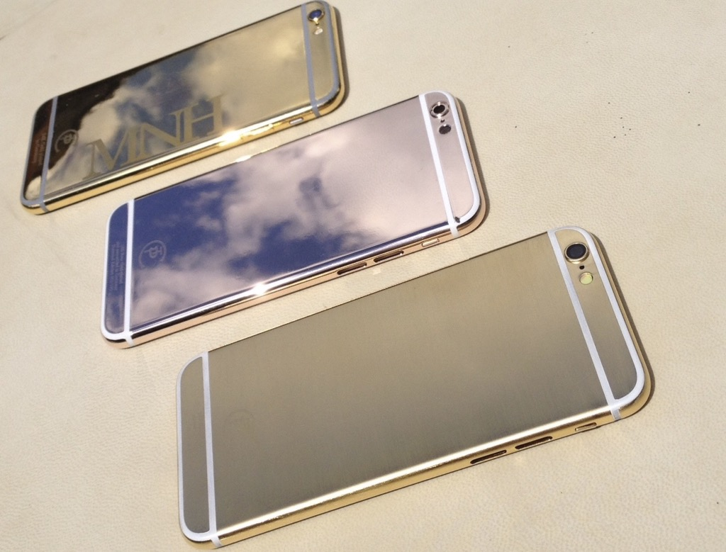 iPhone Gold2_1